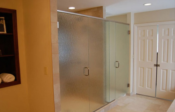 Large Glass shower doors